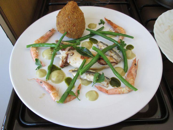 Gino D'Aquino / Pesce  grigliato   fagiolino  crocchetta di riso al pesce e   salsa al  finocchio  /  Gino D'Aquino