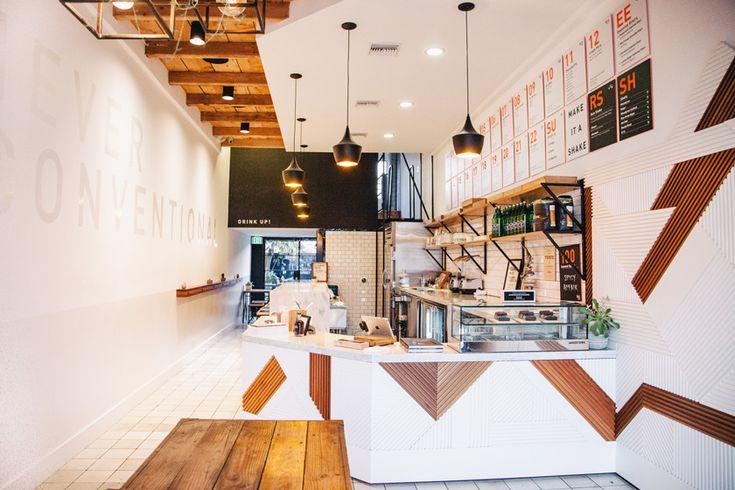 Juice Served Here, diseñado porBells & Whistles, abrió las puertas en la popular West 3rd Street de Los Ángeles.