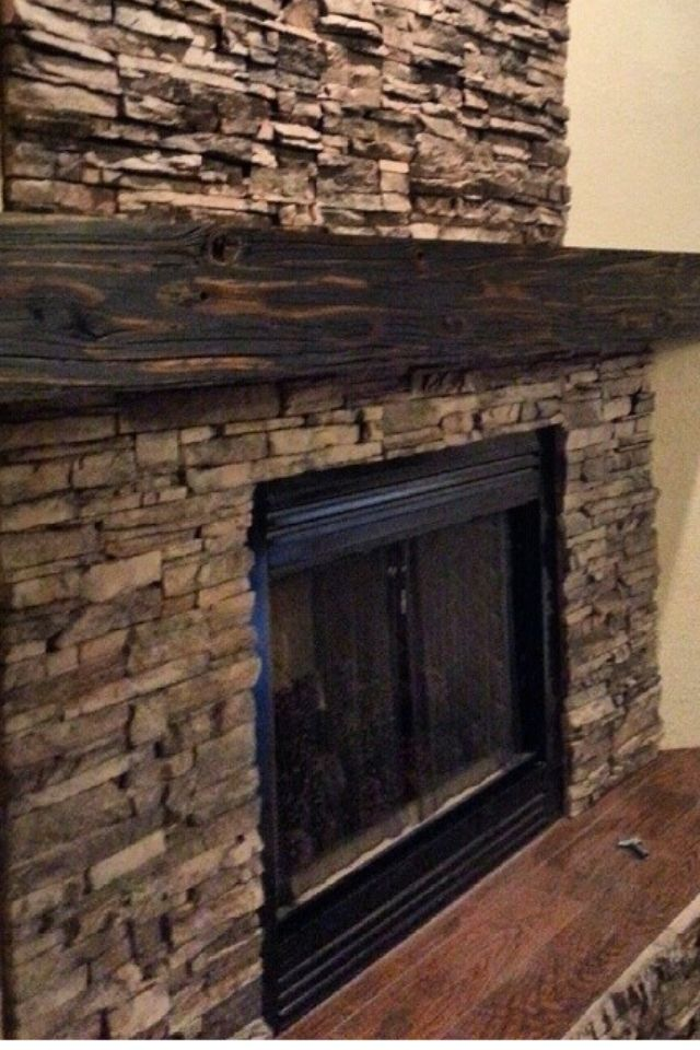 Reclaimed Wood Wall Design