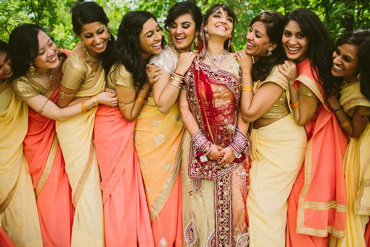 Getting to Know You: 5 Tips for Helping Your Bridal Party Bond