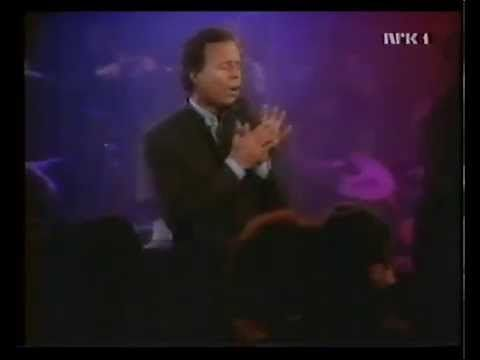★ Brilliant Blue ★ Julio Iglesias - La Cumparsita