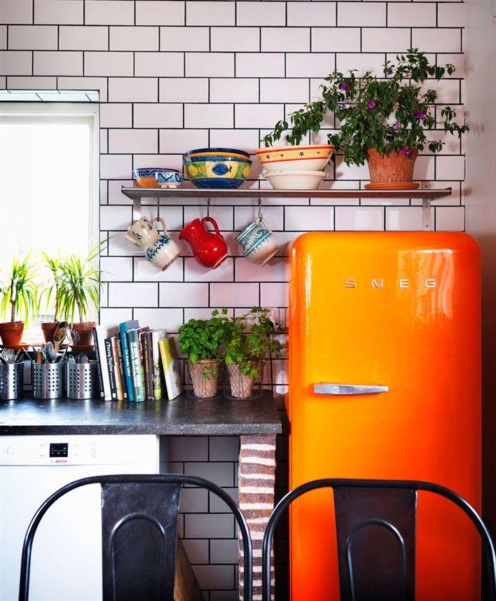 Orange kylskåp från Smeg.