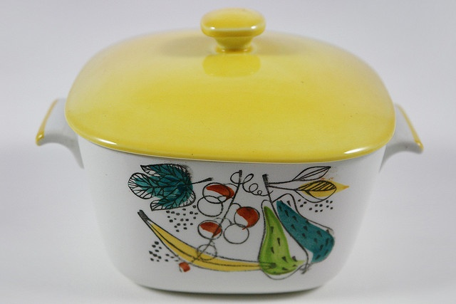 1950s casserole dish by Marianne Westman for Rorstrand