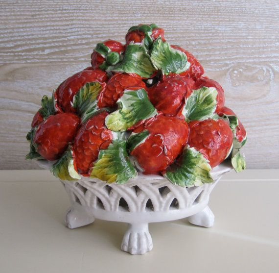 1000 ideas about italian themed kitchen on pinterest tuscan kitchen decor italian kitchen - Strawberry themed kitchen decor ...