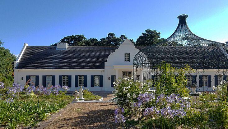 cape-dutch-garden-marie-viljoen