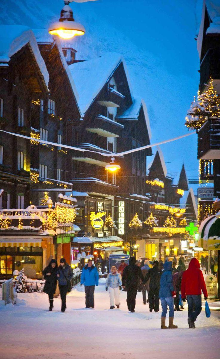Christmas season in Zermatt, Wallis/Valais, Switzerland.