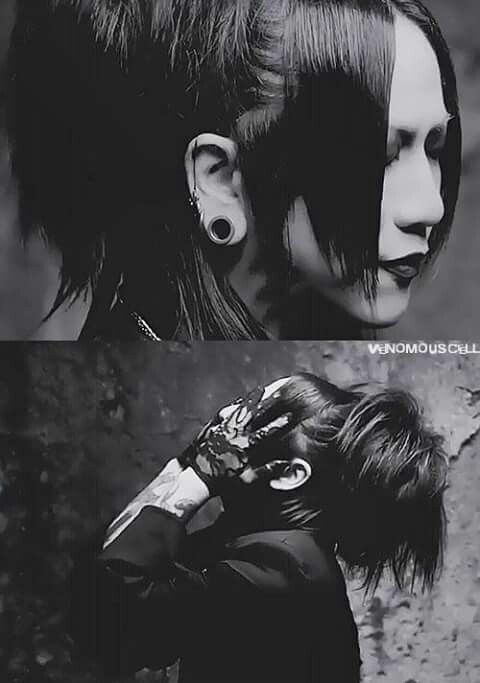 Ruki in the UNDYING PV... this is beauty right here