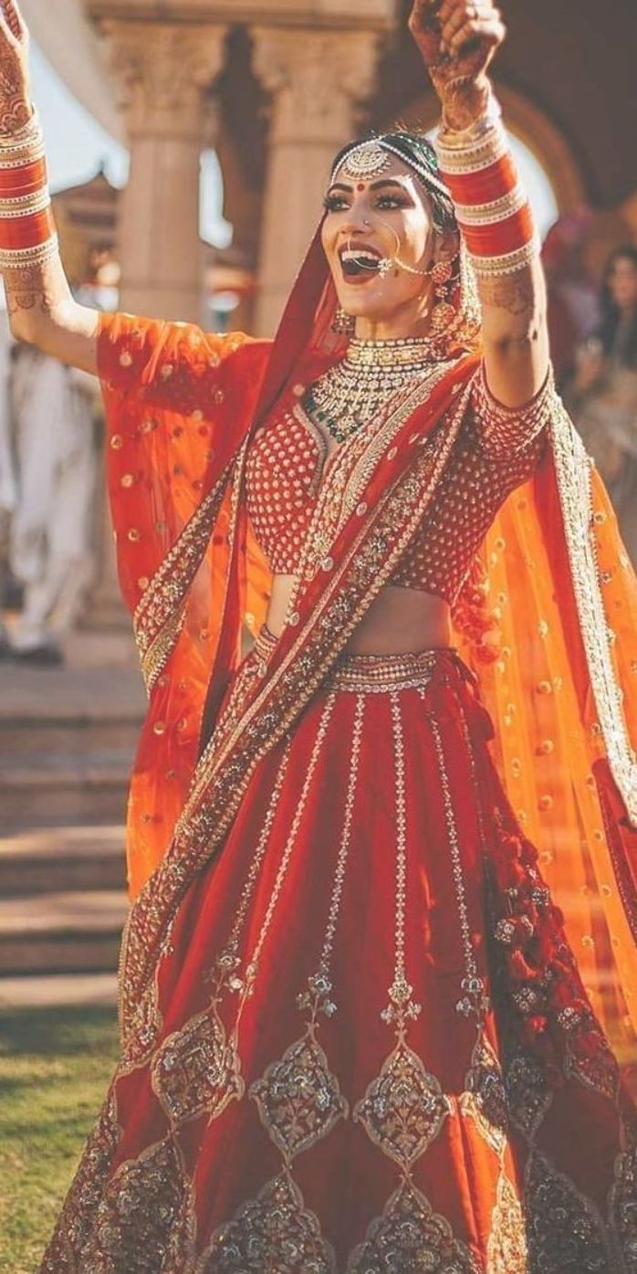 indian wedding dresses traditional red gold eventilaindia   Indian ...
