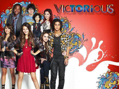Nickelodeonのシットコム。アリアナかわいー。2014.02