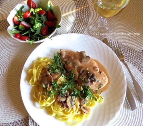 Escalopes de poulet poêlées, sauce crémeuse à l'italienne de Messidor