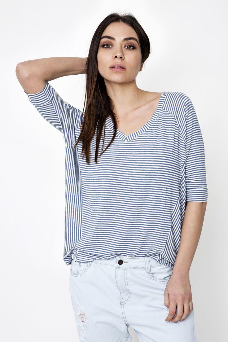 V-Neck Striped Μπλούζα - ΡΟΥΧΑ -> Μπλούζες | Made of Grace