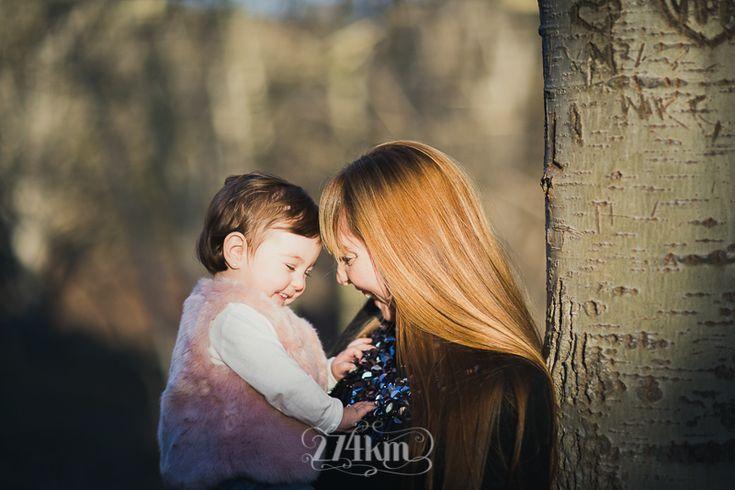 Fotógrafo de familia en Barcelona, photography, 274km, Gala Martinez, Hospitalet, family, exterior, bosque, bosc, forest, tree, otoño, tardor, autumm, rubí,