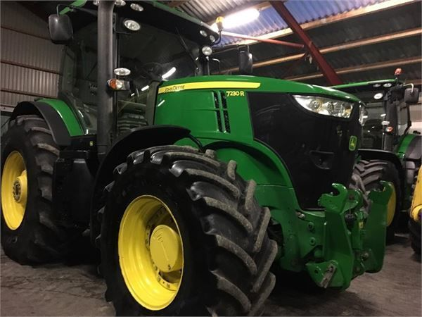 JOHN DEERE 7230R  #wheeltractor machinery #equipment #agriculture #agricultural #tractor #JohnDeere