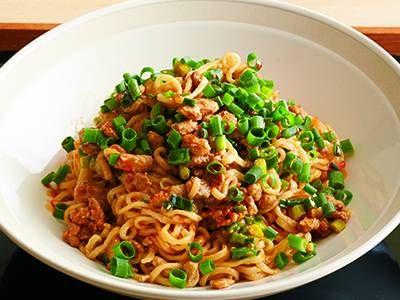 中川 優 さんのインスタントラーメンを使った「四川風あえ麺」。即席ラーメンは、ゆで時間も短く保存期間も長いので買い置きにピッタリ。ピリ辛あえ麺を、家庭でもつくりやすくアレンジしました。 NHK「きょうの料理」で放送された料理レシピや献立が満載。
