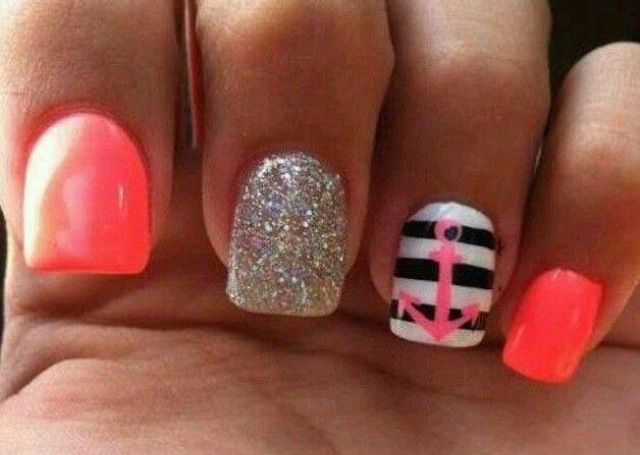 I love these nails! :)