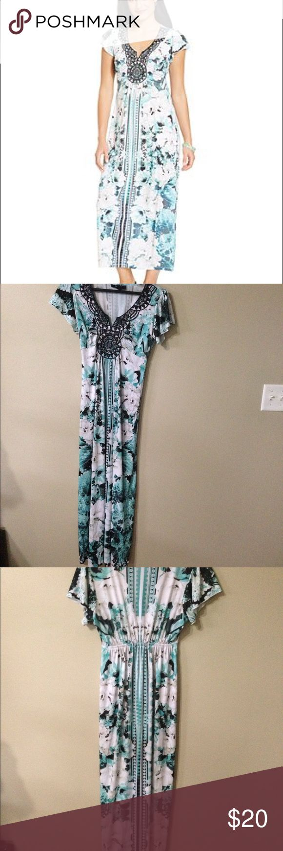 Style &Co Petite Flutter-Sleeve floral Maxi Dress Barely used. Is in excellent condition. It has eye catching crochet embellishment in front.  •V-neckline ;embellished crochet detail at neckline •pullover styling  •short flutter sleeves  •Allover print  •Polyster/Spandex Style & Co Dresses Maxi