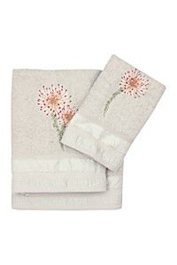 EMBROIDERED PINCUSHION TOWEL - Bath Sheet