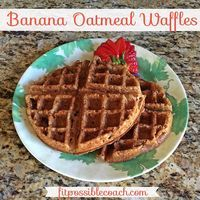 21 Day Fix Approved: Banana Oatmeal Waffles. Make sure you REPIN to save this AMAZING recipe to try later and of course to share it with your friends and family for them to try as well!