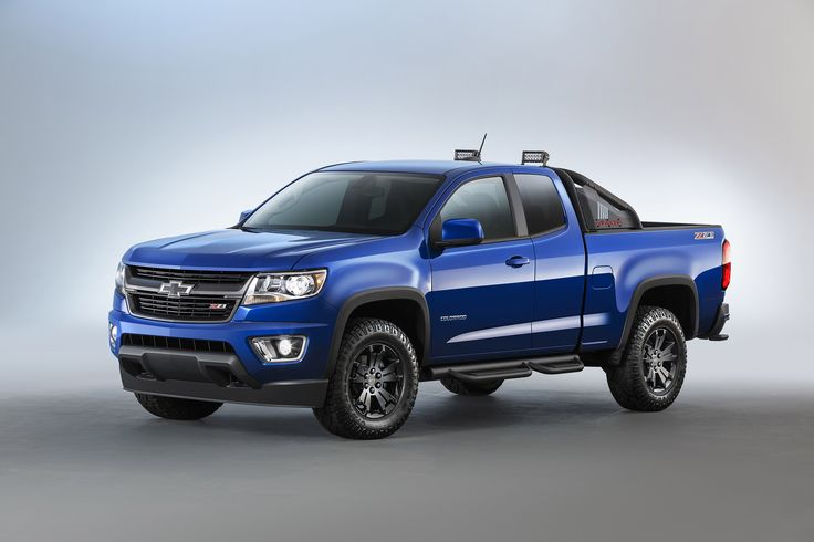 2016 Chevrolet Colorado Z71 Trail Boss Front Angle
