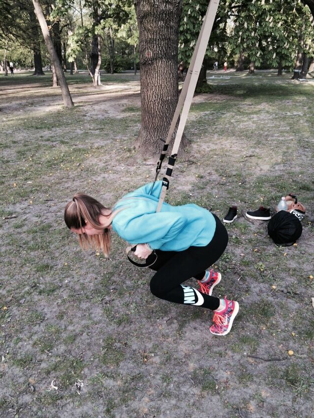 trx'training'trainer'explosiveness'muscle'squat'
