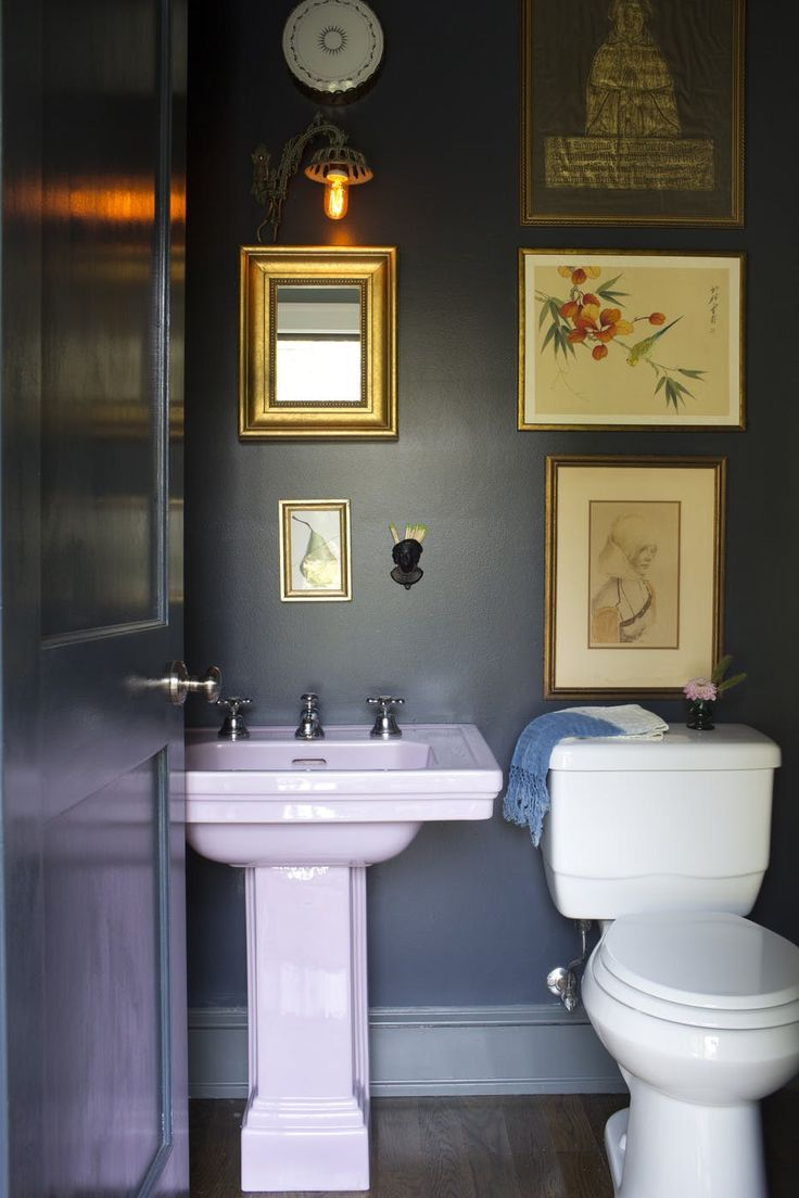 Ideas 10 bathrooms with beadboard wainscoting apartment therapy - What S New What S Next Bathroom Design Trends