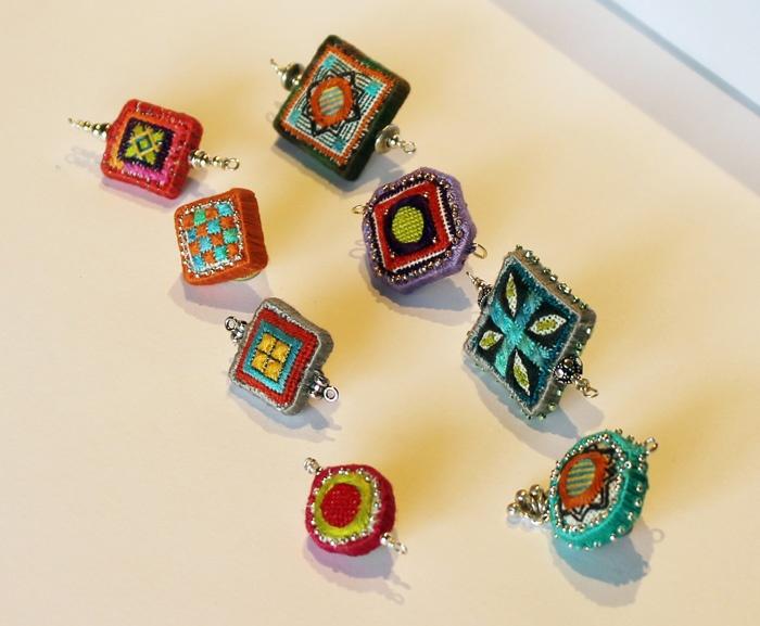 Google Image Result for http://4.bp.blogspot.com/-Gr8kkFBcUpE/ToxozHl_1EI/AAAAAAAACVI/OHv39_fvVzk/s1600/Eight+beads.jpg