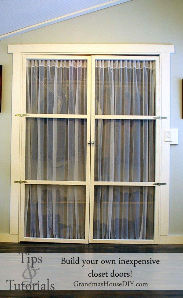 Closet door alternative, light, easy to make and beautiful. Tip and tutorial on how to make your own closet doors DIY. @GrandmasHousDIY