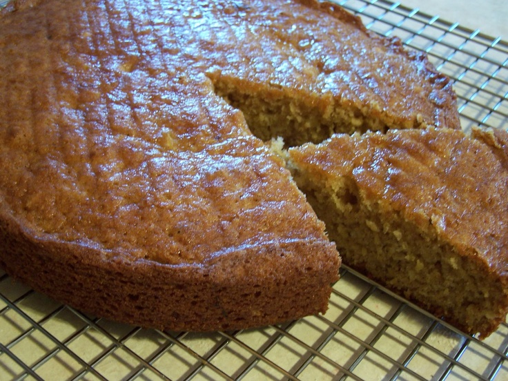 Cantaloupe Bread :: 2 cups cantaloupe, seeded and pureed (about half a large cantaloupe) 3 eggs 1 cup vegetable oil 2 cups white sugar 1 tablespoon vanilla 3 cups all-purpose flour 1 teaspoon baking soda 3/4 teaspoon baking powder 1 teaspoon salt 2 teaspoons ground cinnamon 1/2 teaspoon ground ginger