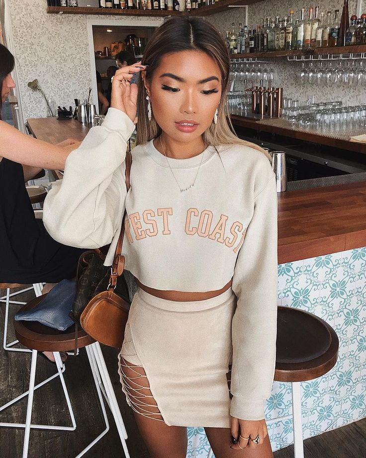 """4,783 Likes, 58 Comments - CARMS LONDON (@x_carms) on Instagram: """"West Coast ✨ Crop jumper @missguided (code CARMSMG30 for 30% off everything) Skirt @meshkiboutique…"""""""