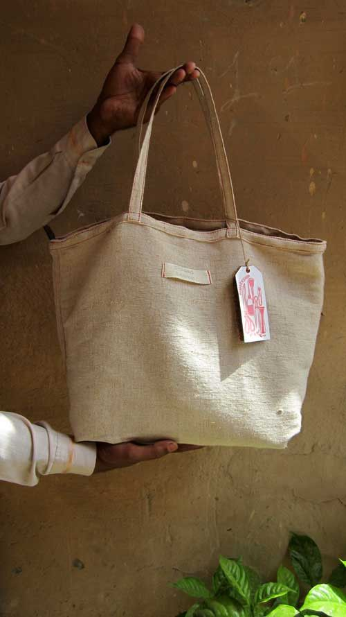 Pickle Anabelle, Chiaroscuro, India, Pure Leather, Handbag, Bag, Workshop Made, Leather, Bags, Handmade, Artisanal, Leather Work, Leather Workshop, Fashion, Women's Fashion, Women's Accessories, Accessories, Handcrafted, Made In India, Chiaroscuro Bags - 13