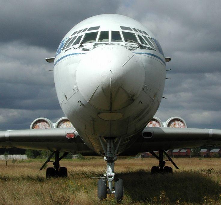 Ilyushin Il-62 In The Boneyard