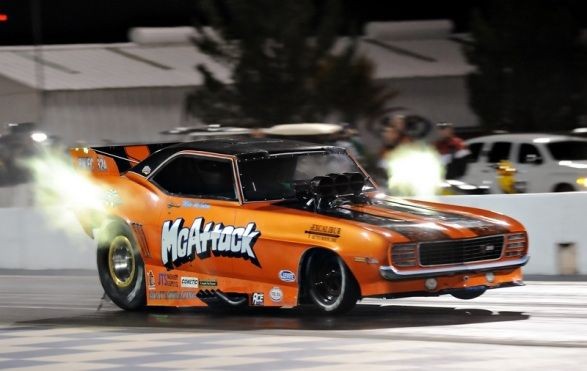 McAttack Nitro Funny Car driven by Mike McIntyre winning the IHRA Nitro Jam 2014.