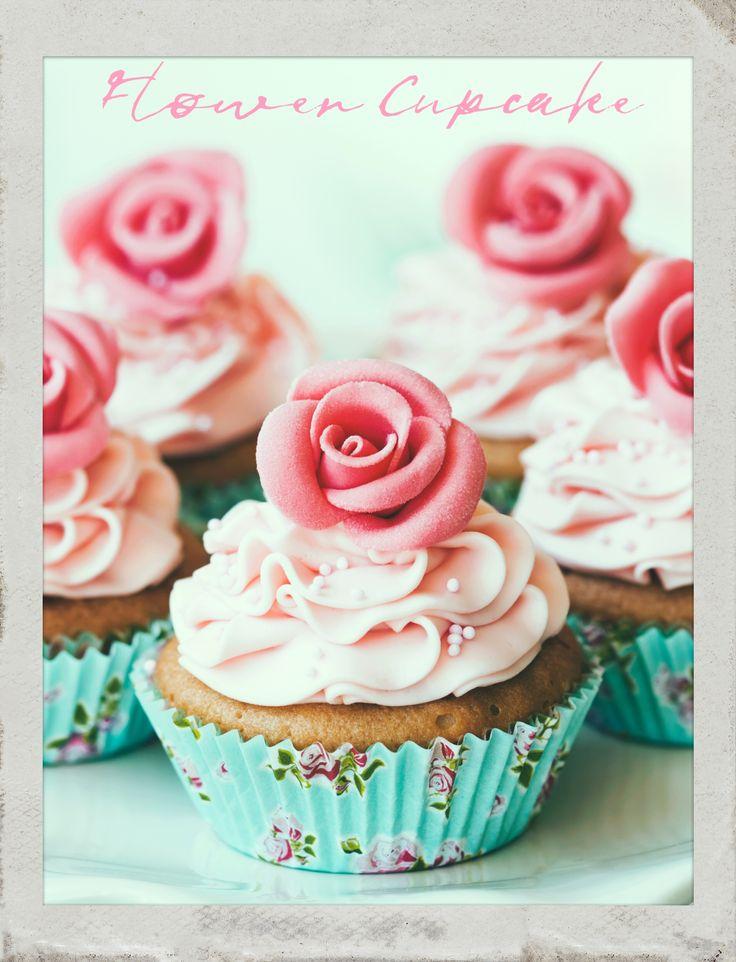 #Flower #Cupcakes. #PolaroidFx #Polaroid #Frame #Instant #Collage #Food #Sweet #Yum #Yummy #Delicious #Dessert #Tasty #Cake