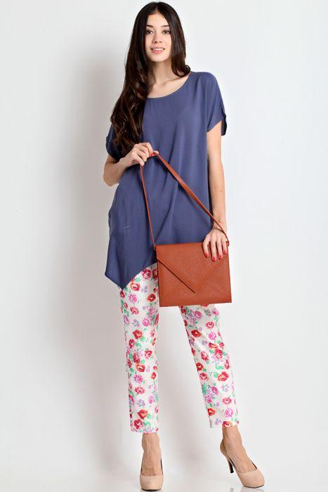 Cantalope 02 clutch bag #clutchbag #taspesta #handbag #fauxleather #kulit #messengerbag #envelope #amplop #fashionable #simple #elegant #stylish #brown Kindly visit our website : www.zorrashop.com