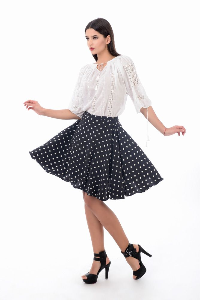 Skirt + embroidered blouse #romanianblouse
