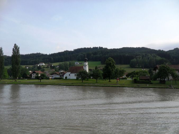 Danube, Donau, river bank, countryside, Germany