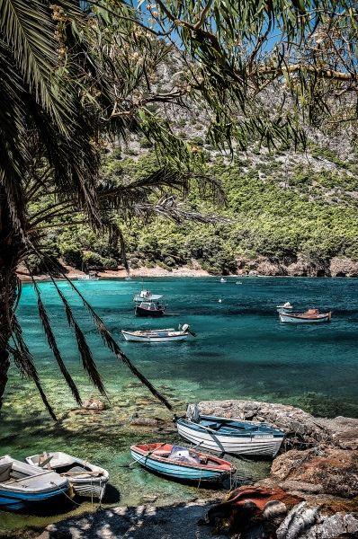 Fishing boats at Mourtia beach