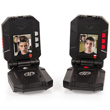 Keep teamwork and surveillance in check as you complete missions with Spy Gear Video Walkie…