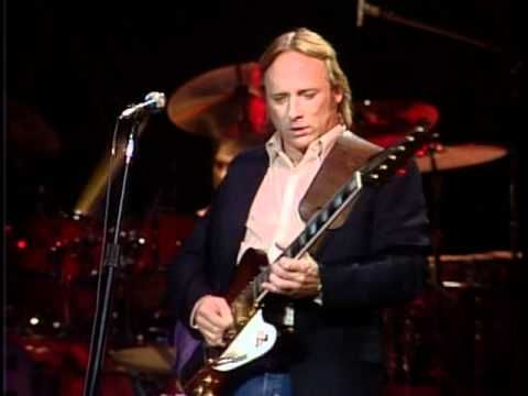 Crosby, Stills & Nash (Live) - Wooden Ships. From Daylight Again DVD Live Concert