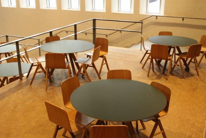 """University of Copenhagen, """"Copenhague series"""" Bouroullec's 4 HAY"""