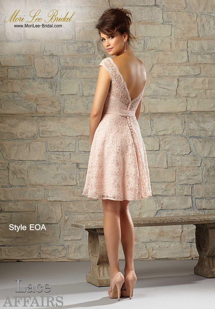 Dress Style EOA LACE Available in All Mori Lee Bridesmaids Solid Lace Colors Precio: $ 557.700 Pesos Colombianos  Precio: $ 253.00 Dólares Americanos