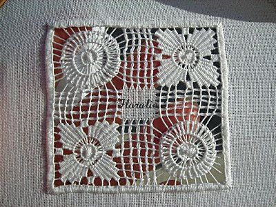 Cilaos Embroidery Tutorial Part 3 on 'Lace and Embroidery' blog - in French - Cilaos is a small island near Madagascar and they are known for their very open drawn thread work
