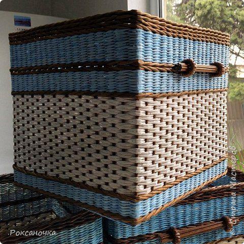 Ну вот и завершён заказ. 5 коробов размером 40*40*40 см. Смотрю на них и думаю, как бы и мне они не помешали в хозяйстве. Но как известно: плетельщик без коробов :))) фото 2
