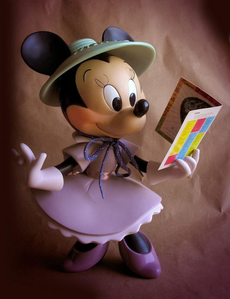 Minnie Mouse at Disneyland Big Fig