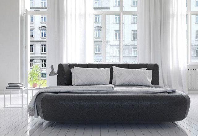 Looks like a comfy bed. No sharp corners.