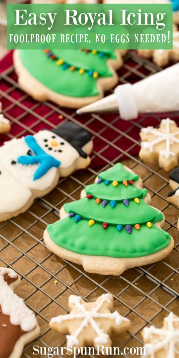 An Easy Royal Icing Recipe That S The Perfect Sugar Cookie Icing A Great Decorating Icing For Christmas Co Cookie Icing Recipe Royal Icing Recipe Icing Recipe