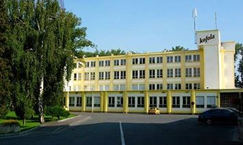 Krnov, město vzkříšení Kofoly, kde se opět začala vyrábět. Dnes hlavní výrobní závod