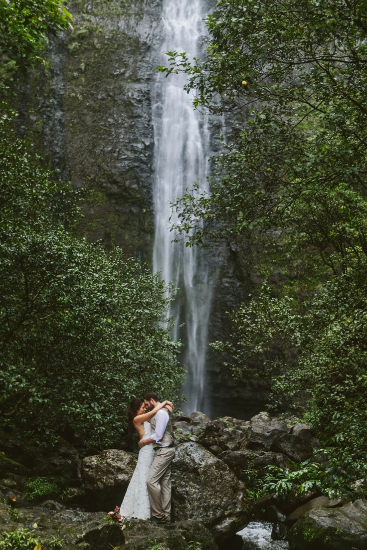 Kauai Hawaii Hanakapiai waterfall elopement hike in wedding dress & suit! - Photo by Jacilyn M  www.jacilynm.com