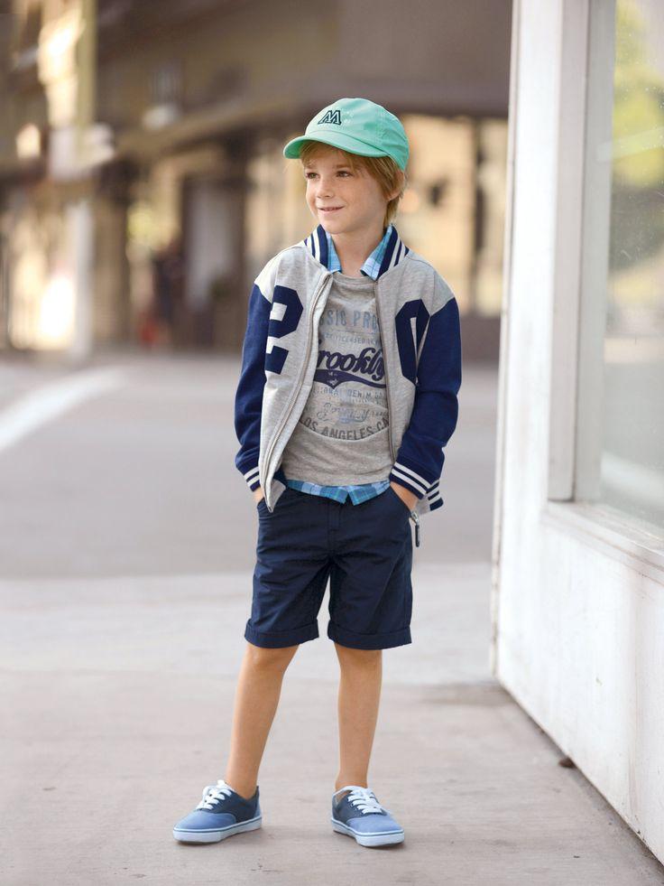 Look #moderno e #desportivo do #blusão estilo teddy para #menino