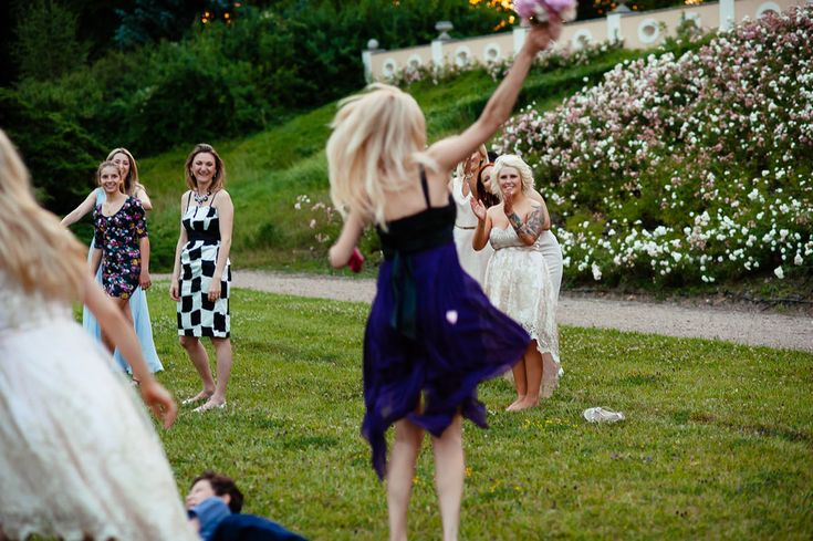 Chateau Liblice.Свадьба в Чехии. Свадебный фотограф в Чехии: как поймать букет невесты на свадьбе